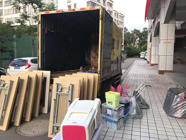 昆明yabo官方网站公司装车.jpg